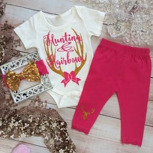 Boutique Baby Girls HUNTER & HAIRBOWS 3pc Set